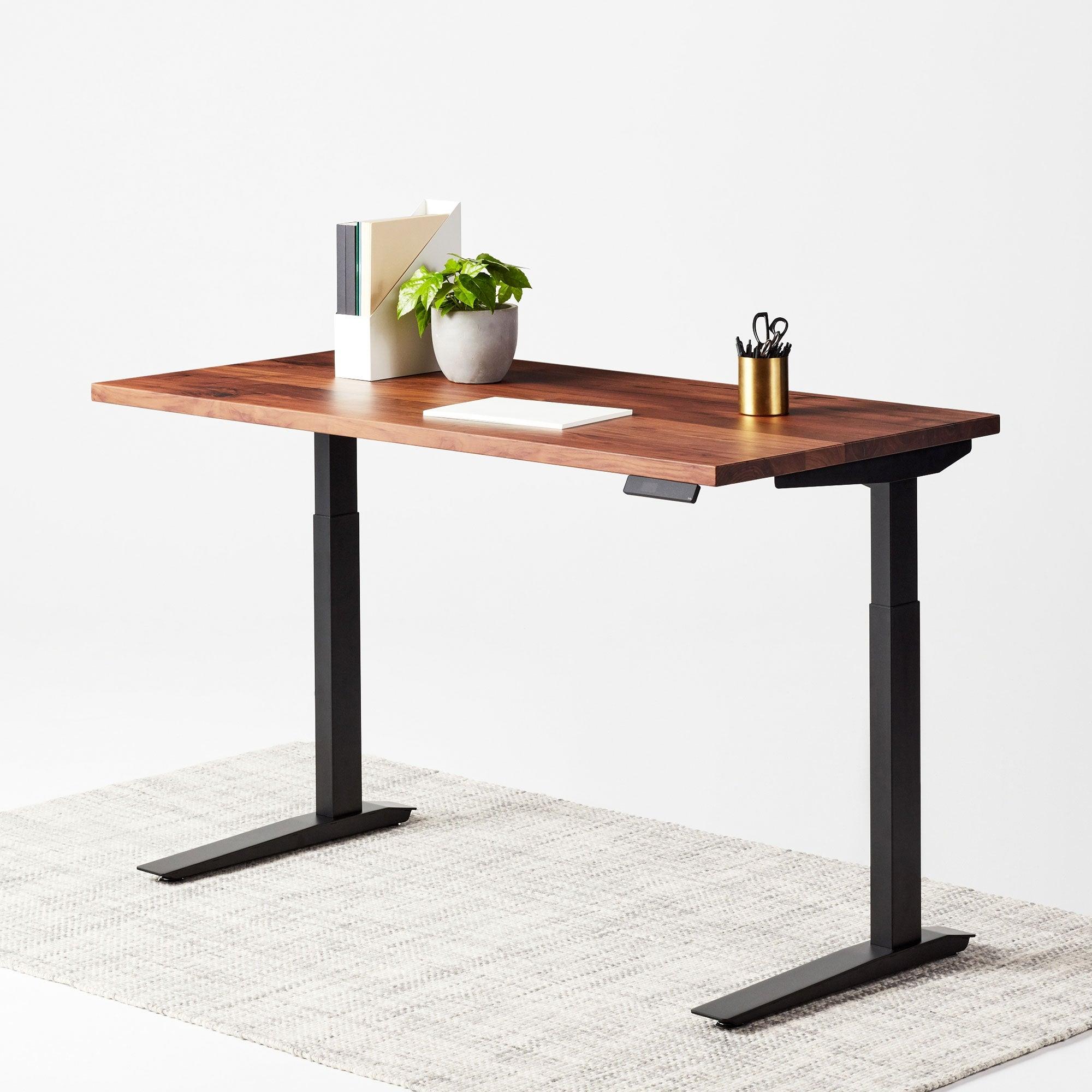 میز بالا و پاییین شونده متحرک